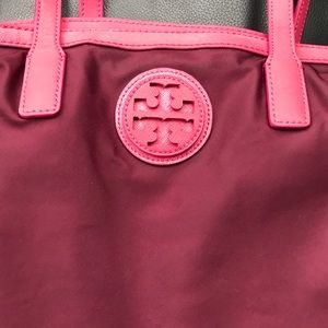 Tory Burch Bags - Tory Burch Vinyl Tote with Leather Accents
